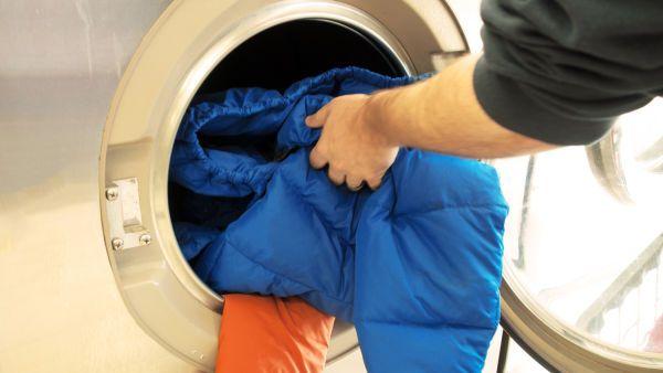 Як прати пуховик